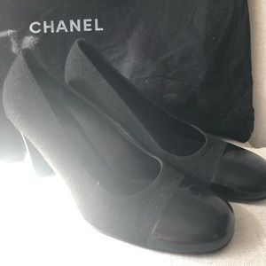 Like new Chanel heels size 39.5